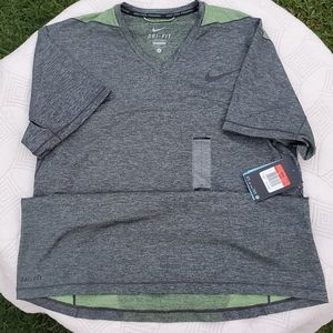Nike Men's v neck Dri-FIT Knit large shirt